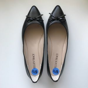 NWT Ellen Tracy Black Pointed Toe Flats Size 6.5